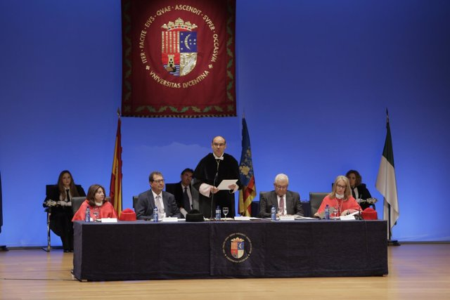 Clausura del curso académico en la UA