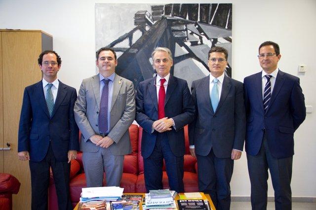 Convenio entre la US y Siderúrgica Sevillana