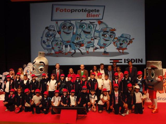 Campaña de ISDIN con niños sobre protección solar