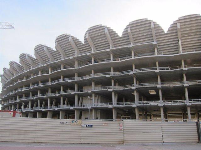 Imagen del nuevo estadio del Valencia en la avenida Cortes Valencianas
