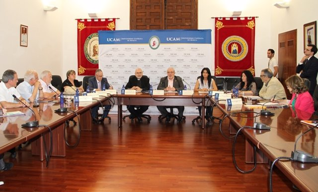 Imagen del acto en el que se ha firmado el acuerdo