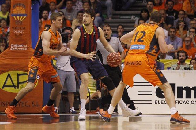 Ante Tomic en el primer partido ante el Valencia Basket