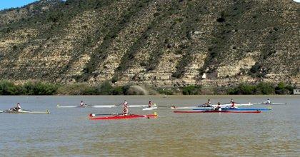 Un total de 18 embarcaciones y 19 remeros del Capri Club de Mequinenza participarán en el Campeonato de Remo