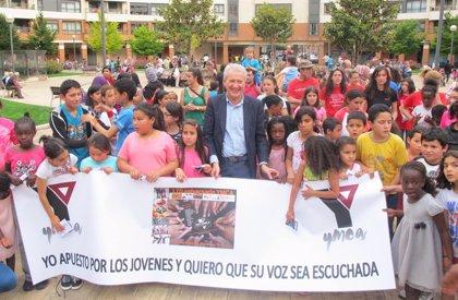 """Del Río destaca """"el excelente trabajo de YMCA para fomentar la participación de los jóvenes en la sociedad"""""""