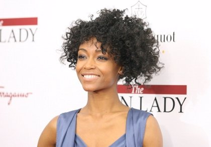 Yaya DaCosta protagonizará el biopic de Whitney Houston