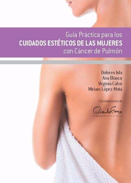 Rasurarse la cabeza, usar pelucas transpirables y evitar pestañas postizas, consejos para pacientes con cáncer de pulmón