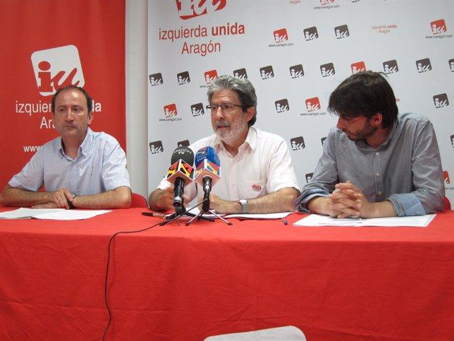 Luis Ángel Romero, Adolfo Barrena y Álvaro Sanz en la sede de IU