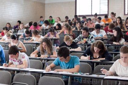 Los psicólogos recomiendan a las familias mantener la calma durante la época de exámenes