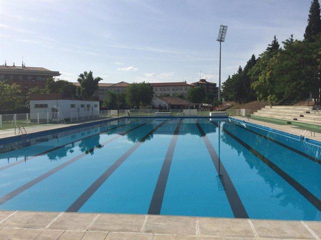 Las cinco piscinas municipales de verano de toledo abren for Precio mantenimiento piscina