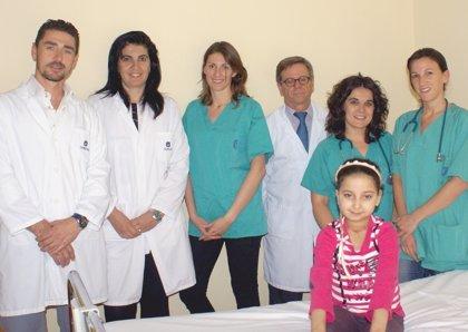El H. Quirón opera con éxito a una niña marroquí con una anquilosis congénita que le impedía abrir la boca