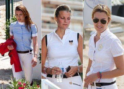 Carlota, Athina y Marta, tres amazonas que cabalgan de nuevo juntas