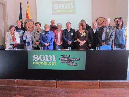 Somescola llama a manifestarse a favor del catalán este sábado