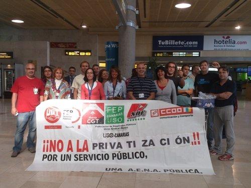 Concetración de Sindicatos representativos en AENA en contra de la privatización