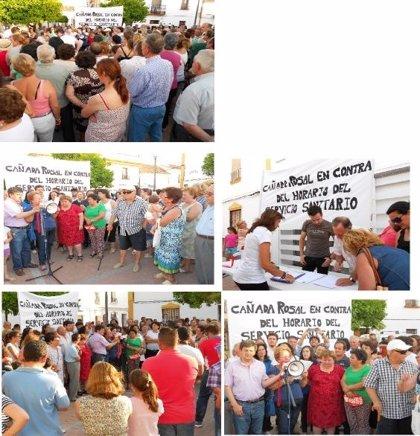 Concentración ciudadana en Cañada Rosal contra la supresión del servicio de tarde del consultorio médico