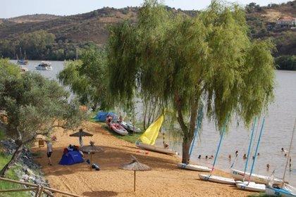 Huelva.-Turismo.-Sanlúcar de Guadiana pasará su primer verano con la playa fluvial y otras actividades de turismo activo