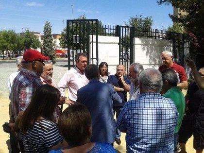 """Espadas pide a Zoido que ponga fecha """"cuanto antes"""" al pleno en Junta de Distrito por el estado de Parque Amate"""