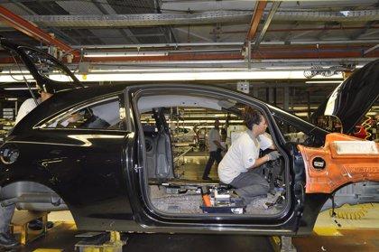 El superávit comercial del automóvil se hunde un 52% en el cuatrimestre
