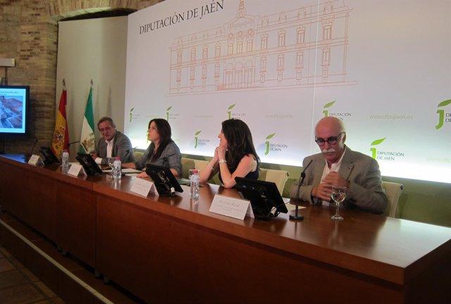 Molinos, Férriz, Caballero y Ruiz presentan la reproducción 3D del santuario.