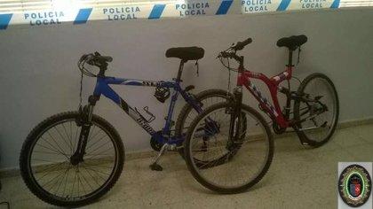 Cuatro detenidos por robar bicicletas y herramientas de una vivienda de El Viso