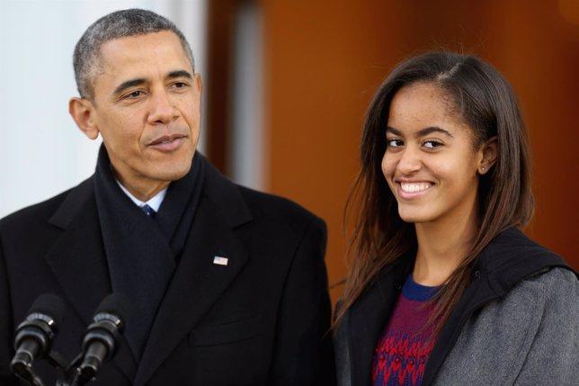 Malia Obama con su padre Barack