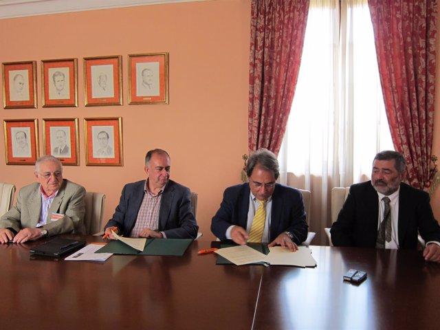 La UNIA y el Colegio de Médicos de Málaga