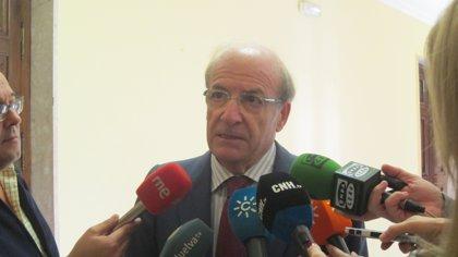 """El alcalde pide a la Junta """"un esfuerzo mayor"""" para pagar """"los 16 millones de euros de la deuda"""""""