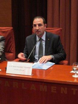 El conseller Ramon Espadaler en el Parlament