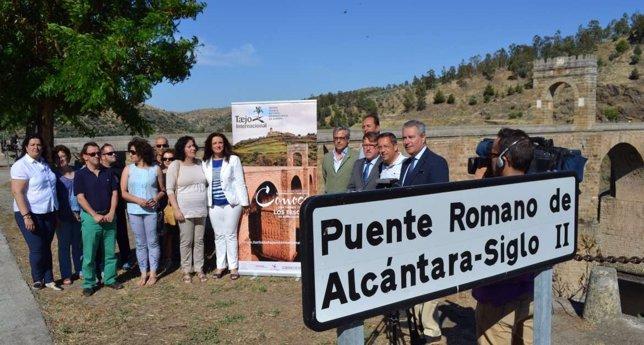 Víctor del Moral visita el Puente de Alcántara