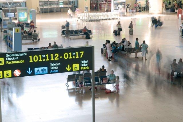 Terminal Pablo Ruz Picasso/Terminal 2/Aeropuerto de Mlaga [AGP].Mlaga.Comarca Ml