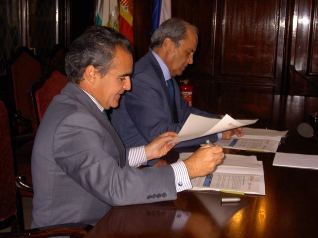 Director territorial de CaixaBank en Andalucía Occidental, Rafael Herrador.