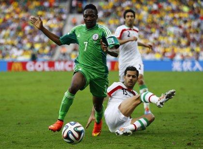 Irán y Nigeria firman el primer empate