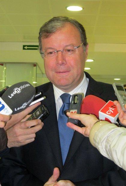 Silván aplaude que el Gobierno acepte las solicitudes de renovación de préstamos subsidiados como pidió la Junta