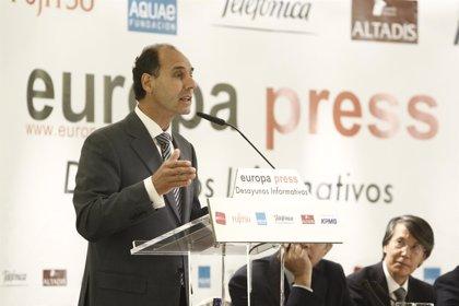 Diego confía en las aportaciones de Felipe VI pero cree que el problema de Cataluña debe resolverse desde la CCAA