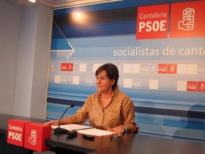 """PSOE pide que contrato de Valdecilla quede """"provisionalmente en suspenso"""""""