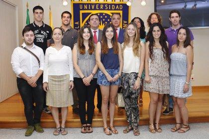 Diez nuevos estudiantes de la UPO se benefician del Programa 'Atlanticus'