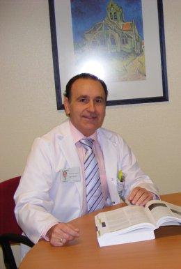 El director del Plan Andaluz de Urgencias y Emergencias, Luis Jiménez Murillo
