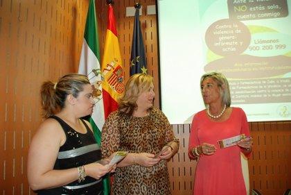 Las farmacias de Jaén difundirán desde este mes con folletos una campaña contra la violencia de género