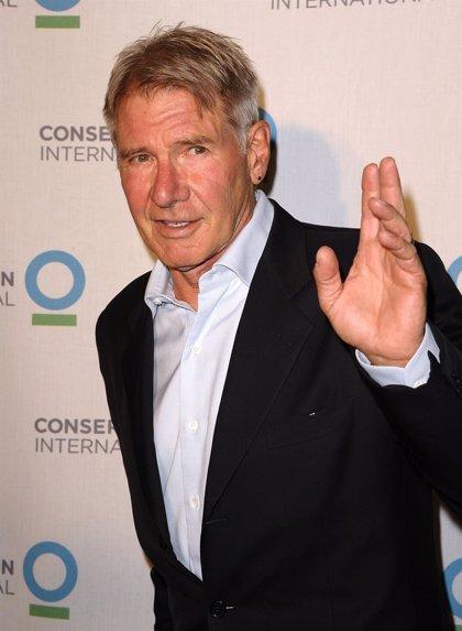 Star Wars VII: Harrison Ford se rompió una pierna y no el tobillo en el set