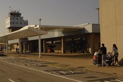 El Aeropuerto aumenta sus conexiones con Ibiza y Palma de Mallorca