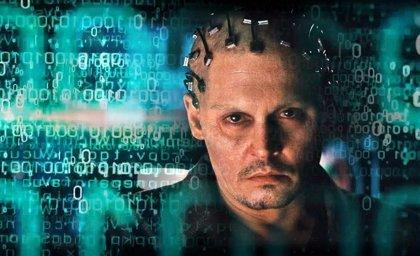 Crítica de Transcendence: Johnny Depp, omnipresente y vacío