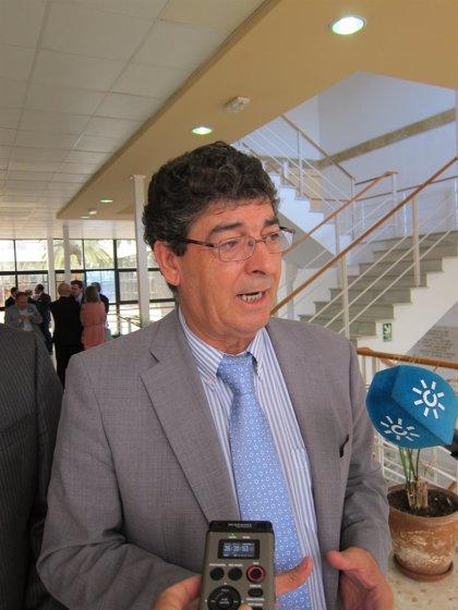 """Valderas saluda el """"espacio de dignidad personal"""" que se recupera con las exhumaciones de Puerto Real"""