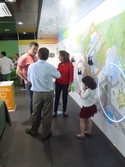 Más de 300 personas visitan la exposición sobre eficiencia energética de Schneider Electric
