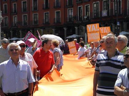 Afectados por Forum y Afinsa se concentran en Valladolid para reclamar una solución política
