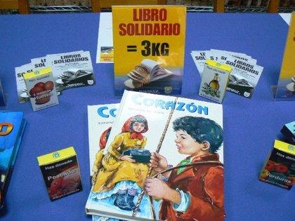 Mensajeros de la Paz ayuda a los necesitados canjeando libros nuevos a cambio de donaciones al Banco Solidario de la ONG