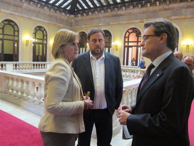Núria de Gispert, Oriol Junqueras y Artur Mas, en el Parlament