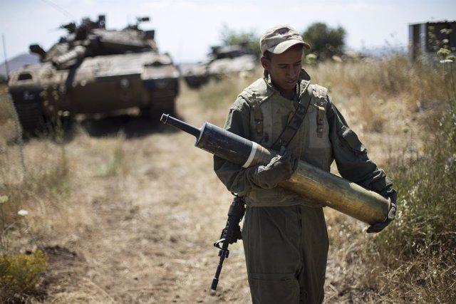 Israel ataca objetivos militares sirios en los Altos del Golán