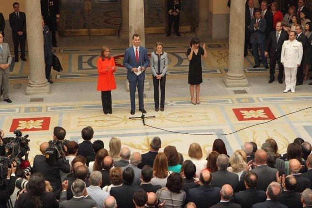 Los Reyes de España, con las ONG