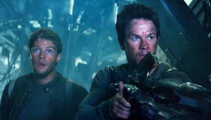 Wahlberg es un padre protector en un nuevo clip de Transformers 4