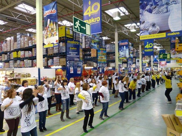 Flashmob de MAKRO y Fundación Adecco