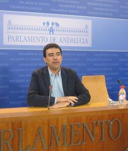 Mario Jiménez, este miércoles en rueda de prensa